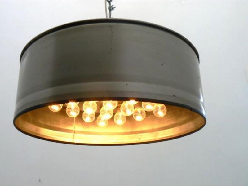 Светильник из металлической бочки