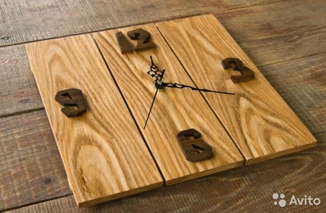 Настенные часы из деревянных досточек