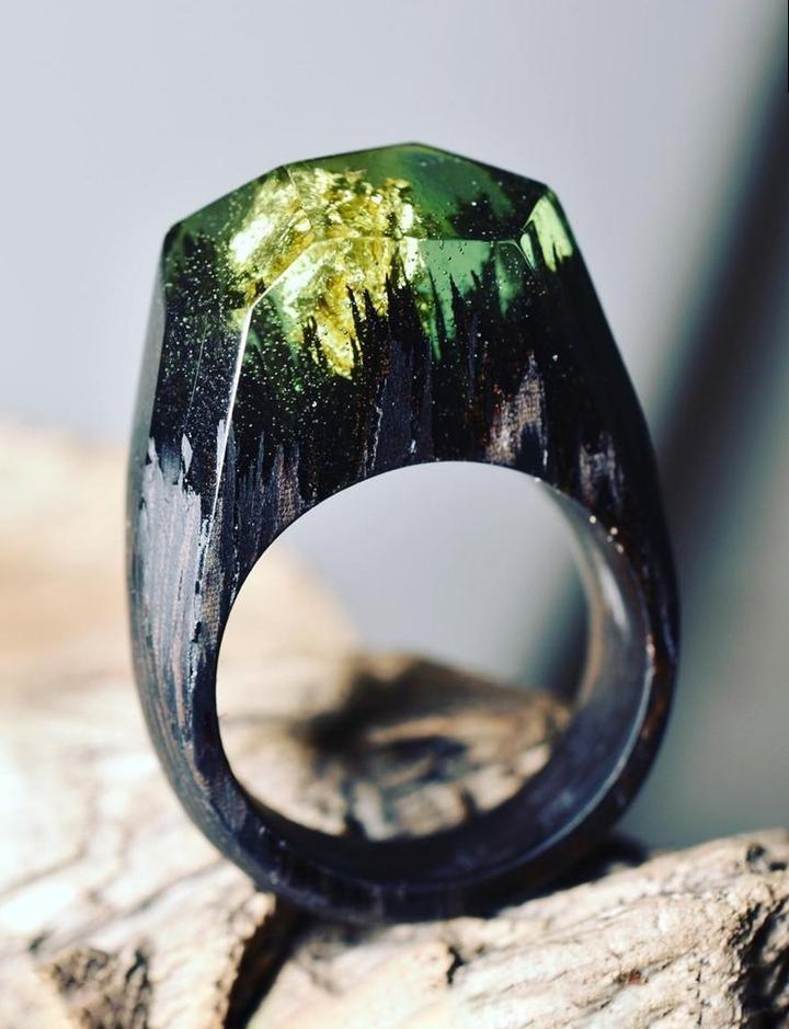 Удивительные деревянные кольца с эпоксидной смолой