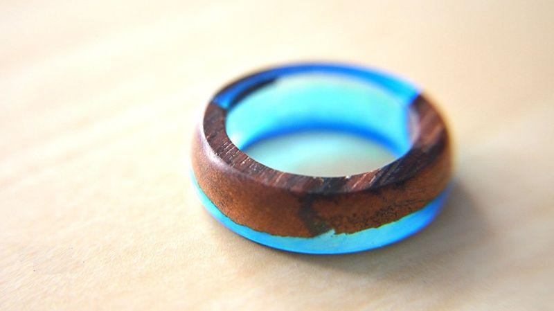 Как сделать кольцо из дерева и эпоксидной смолы