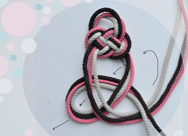 Браслет из шнурков своими руками