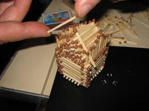 Делаем домик из спичек своими руками