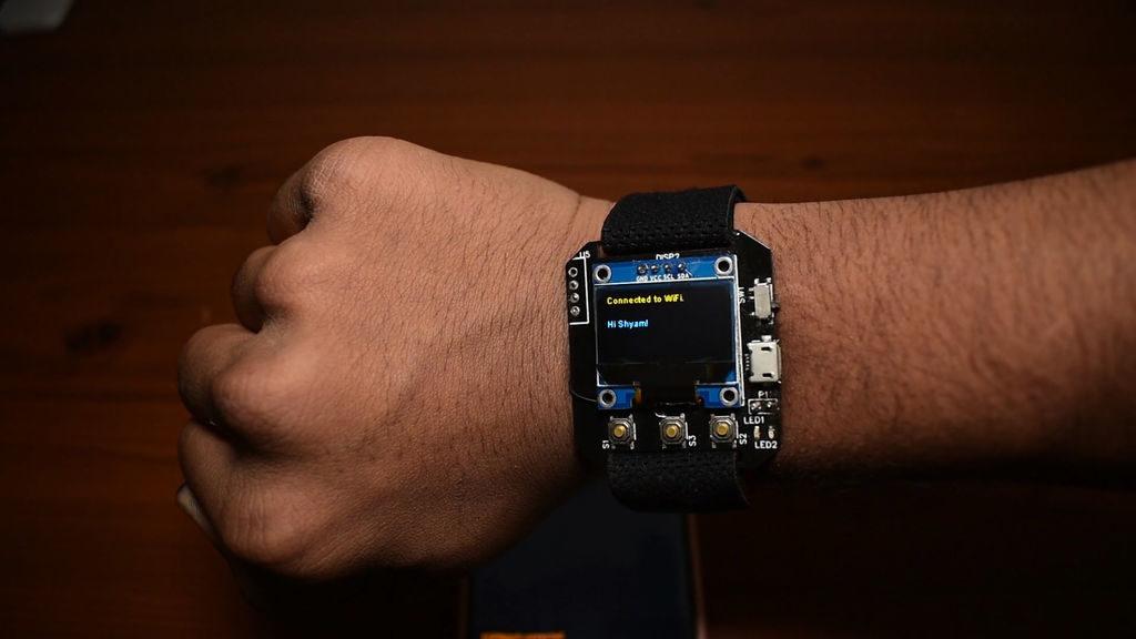 Смарт часы (smartwatch) на ESP-12E (ESP8266) своими руками