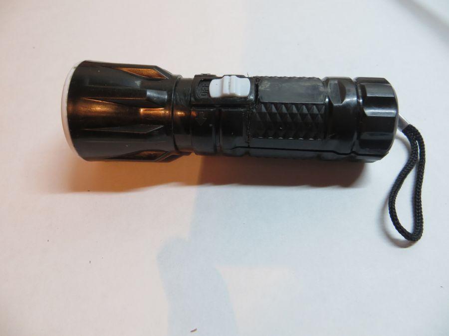 Переделка фонарика под одну батарейку 1,5 В