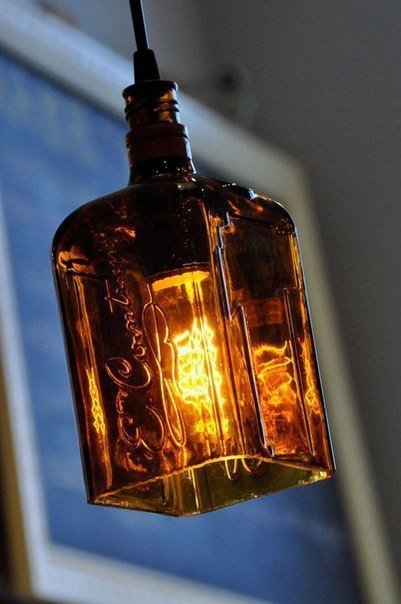 Абажур из стеклянной бутылки
