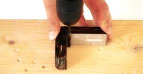 Как ровно просверлить перпендикулярное отверстие ручной дрелью
