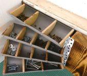 Удобный органайзер для мелких деталей из пластиковой трубы в мастерскую