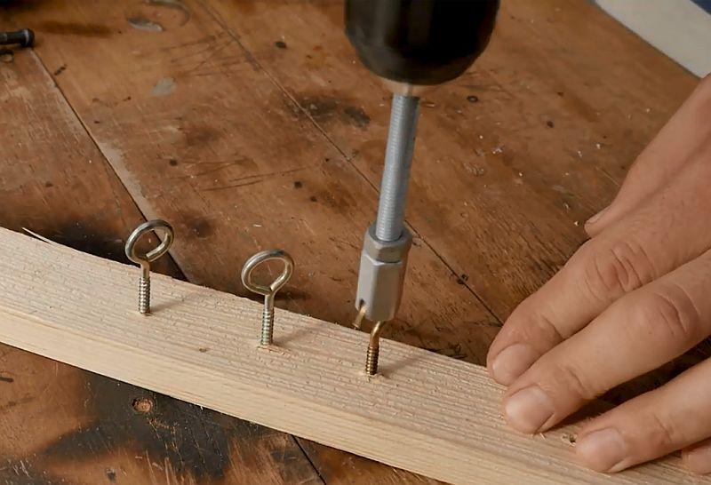 Насадка на дрель из гайки для откручивания крючков и петель своими руками