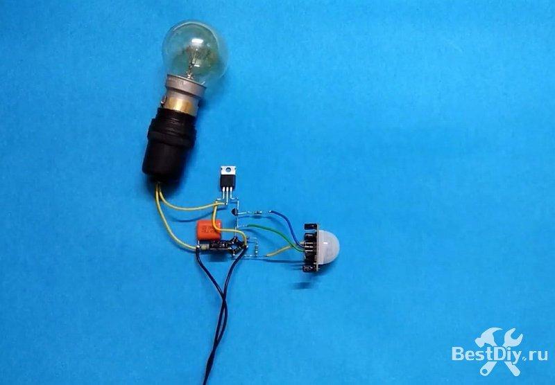 Включение освещения по движению, как подключить датчик движения