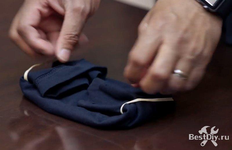 Маска из футболки за пару секунд, лайфхак от Джерома Адамса