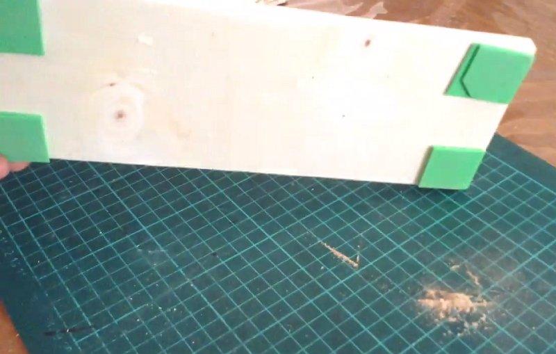 Как сделать мини гриндер. Ленточный шлифовальный станок из дремеля