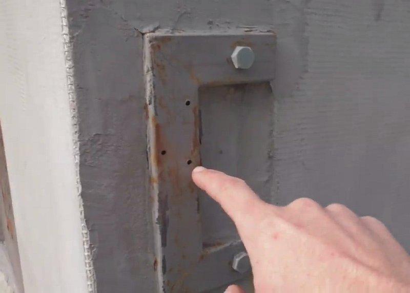 Само-защёлкивающаяся защёлка на калитку