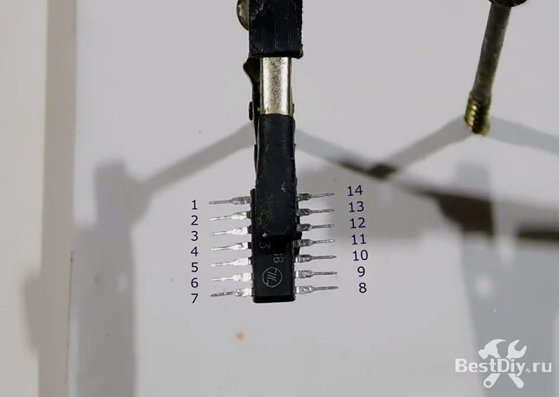 Дверной звонок на 8 мелодий на микросхеме УМС8-08