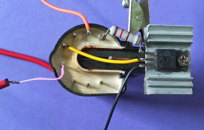 Простой высоковольтный генератор из ТДКС от монитора