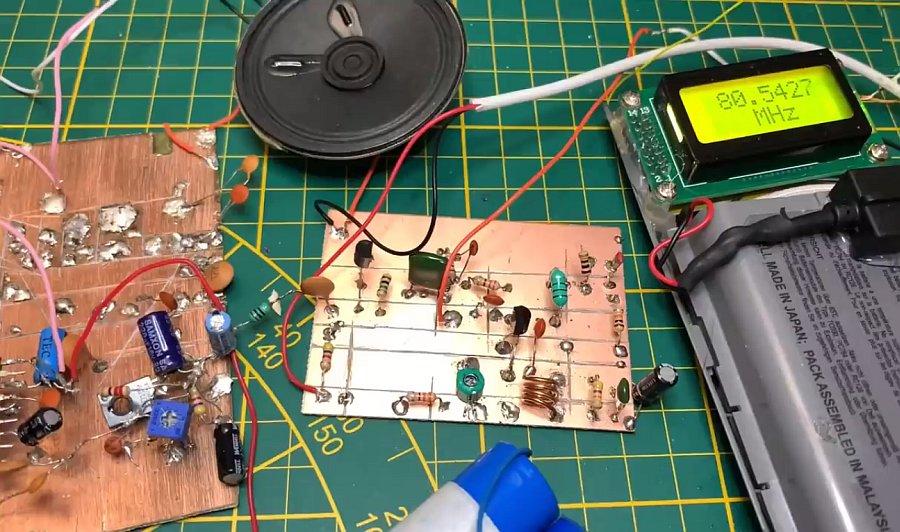 Простой транзисторный FM приёмник своими руками