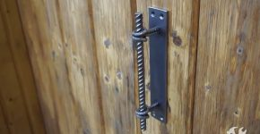 Красивая дверная ручка из арматуры своими руками