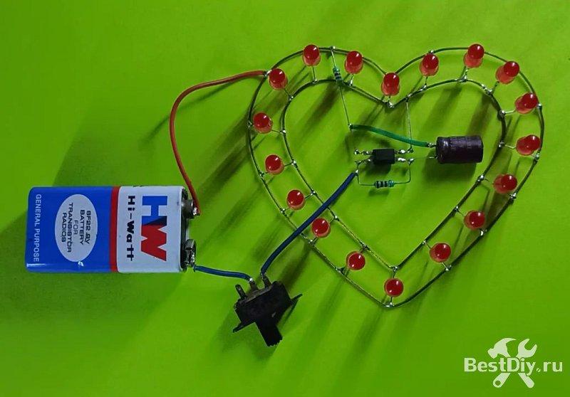 Мигающее сердце на светодиодах и оптроне, подарок на 8 Марта